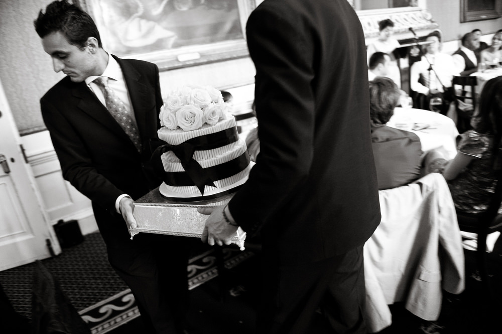 in-out-wedding-photos-043