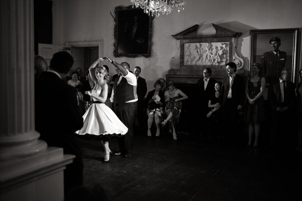 in-out-wedding-photos-047