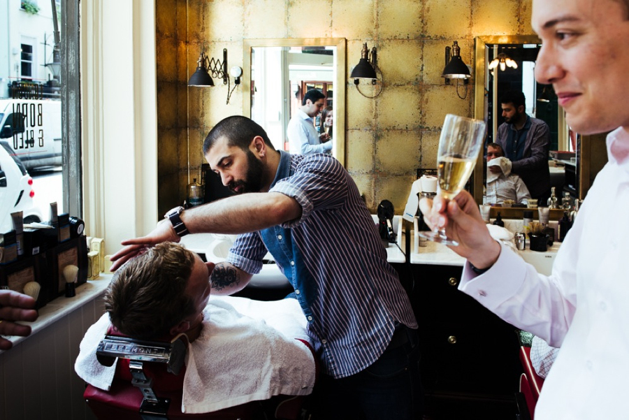 Wet shave in London