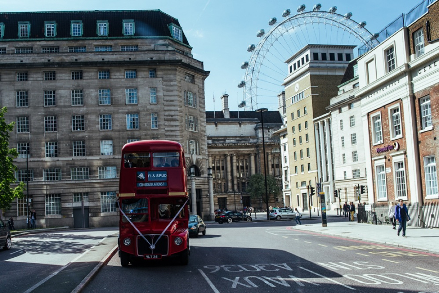Routemaster Wedding photography