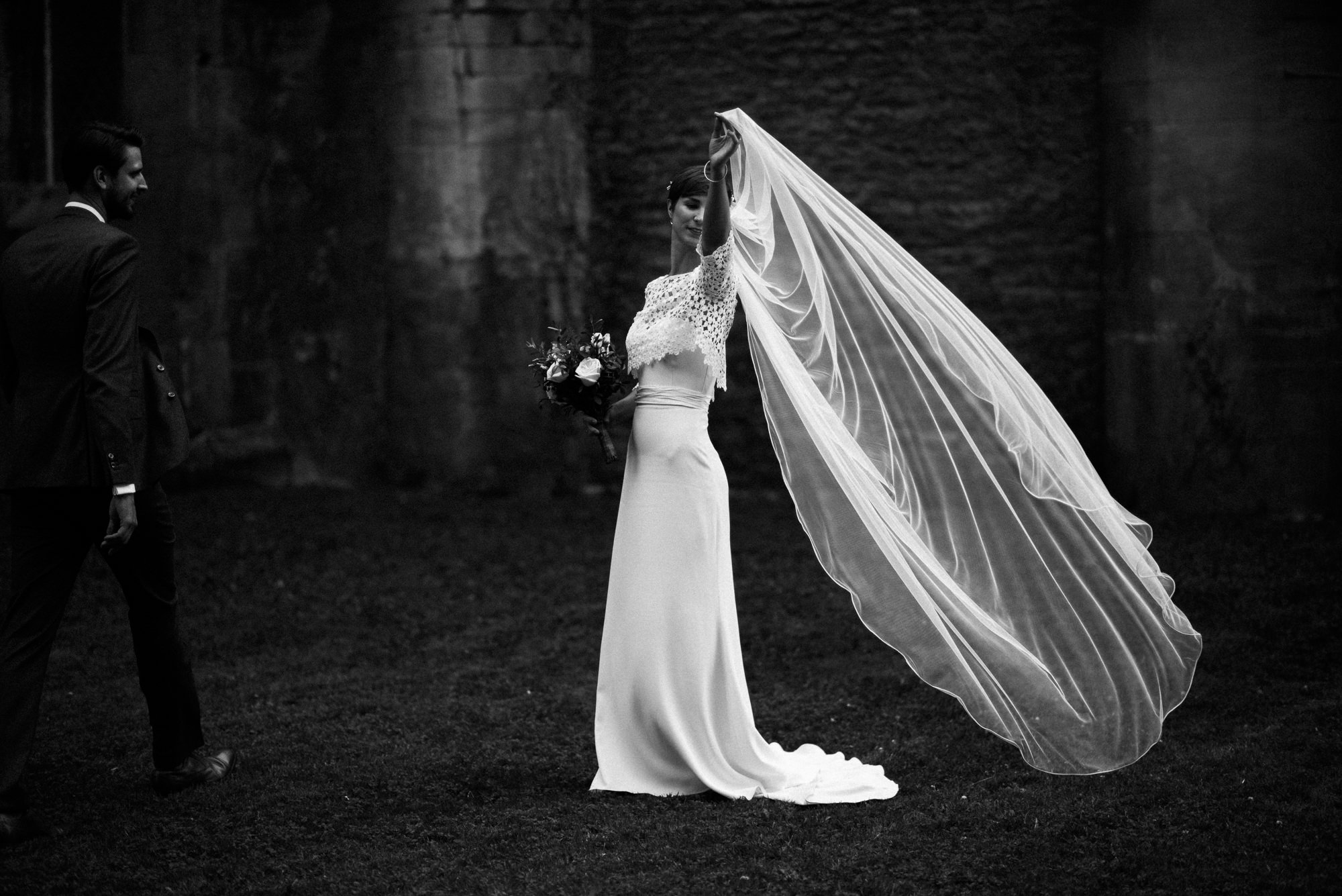 black-and-white-wedding-photography-6