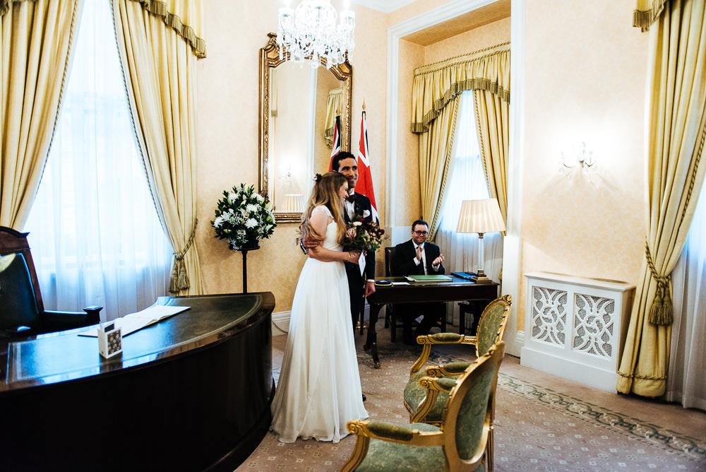 chelsea-town-hall-wedding-016
