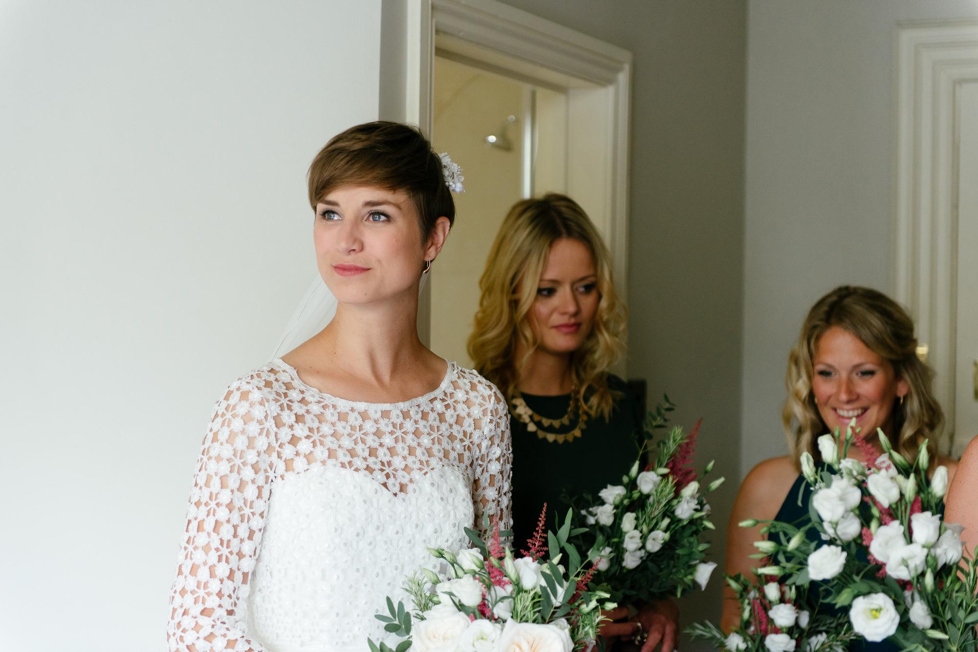 malmsbury-abbey-wedding-24