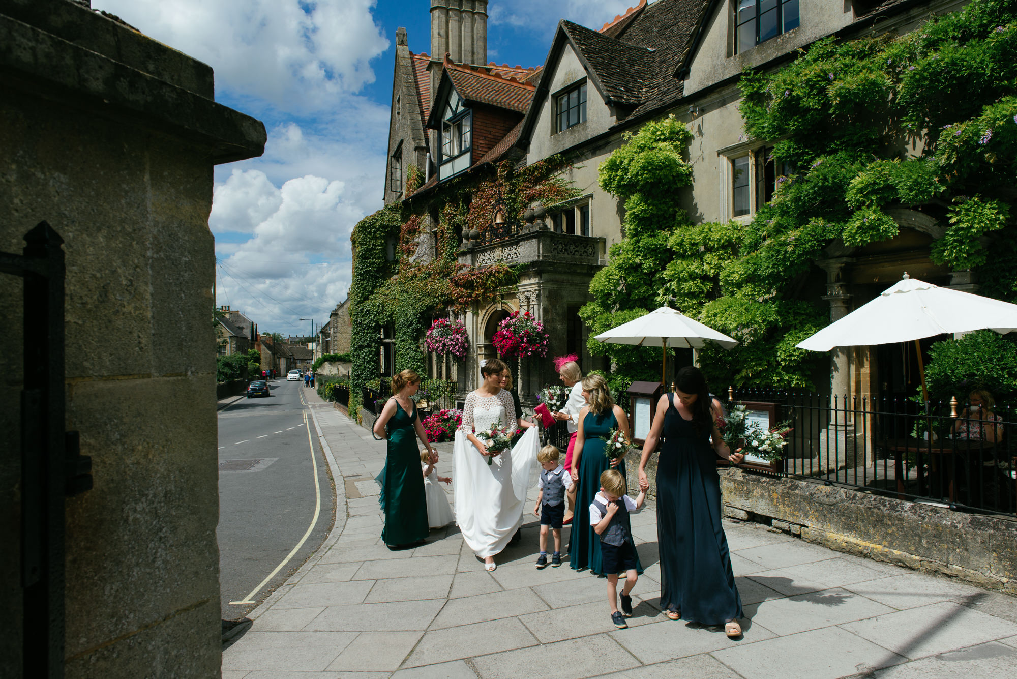 malmsbury-abbey-wedding-28