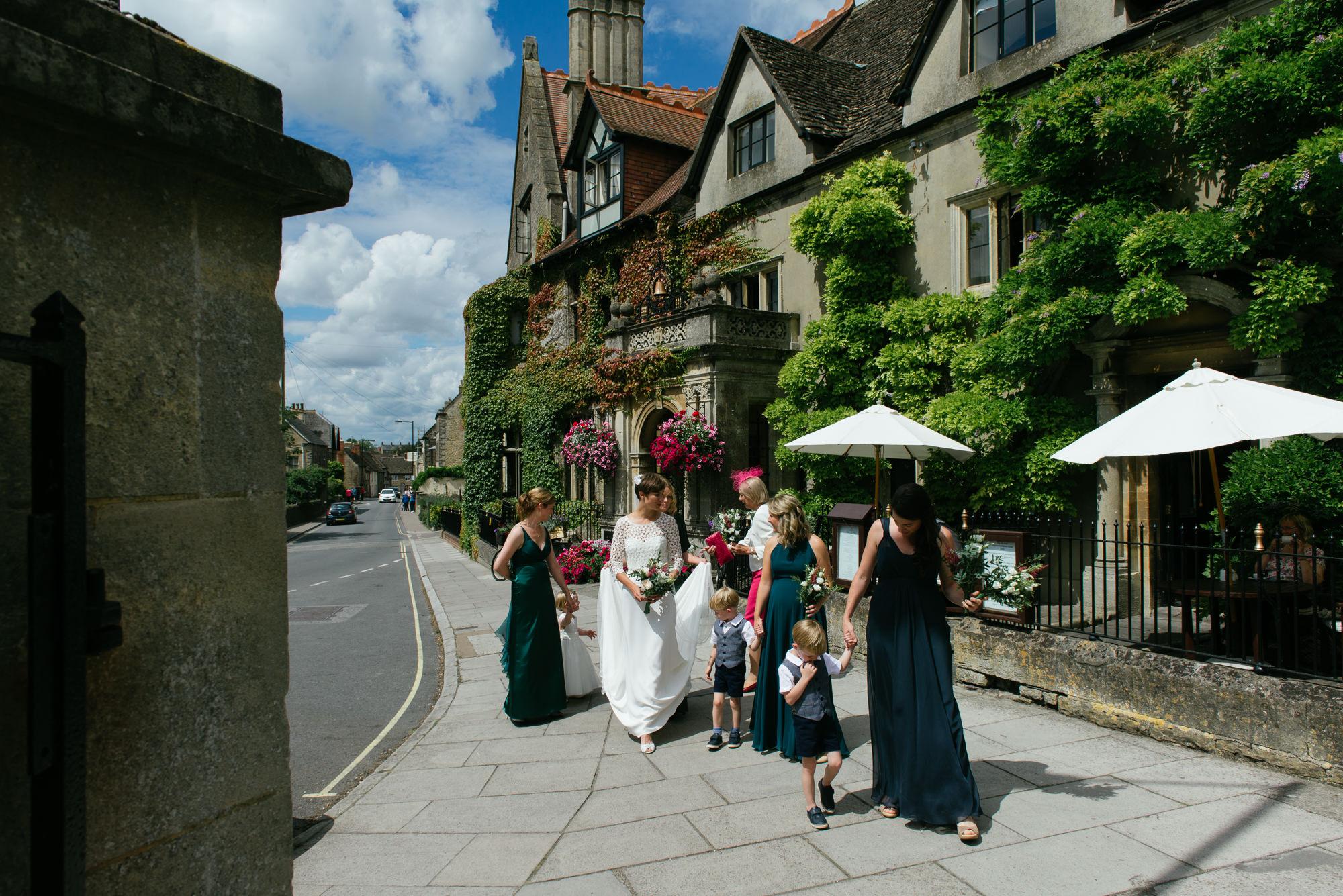 malmsbury-abbey-wedding-28