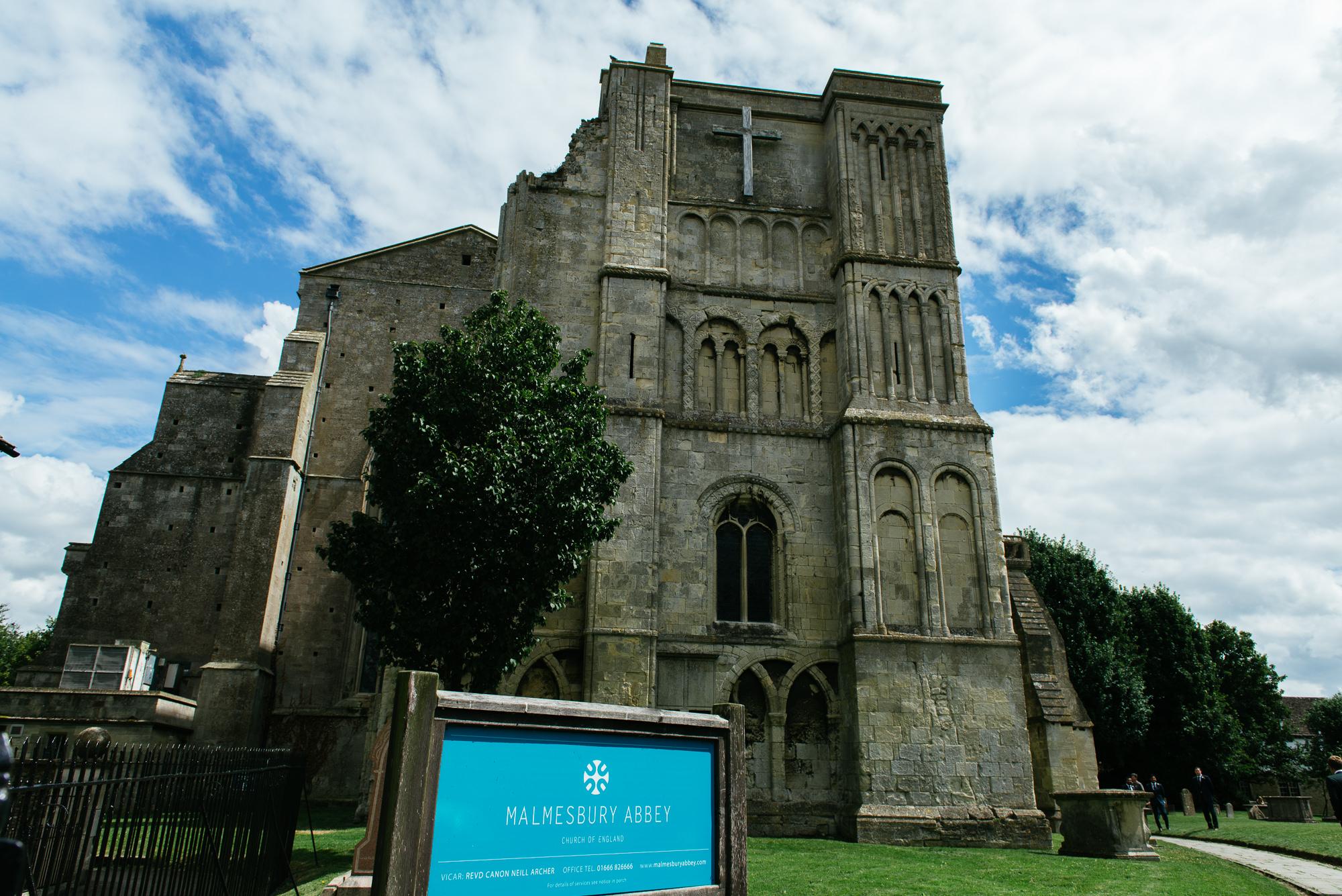 malmsbury-abbey-wedding-29
