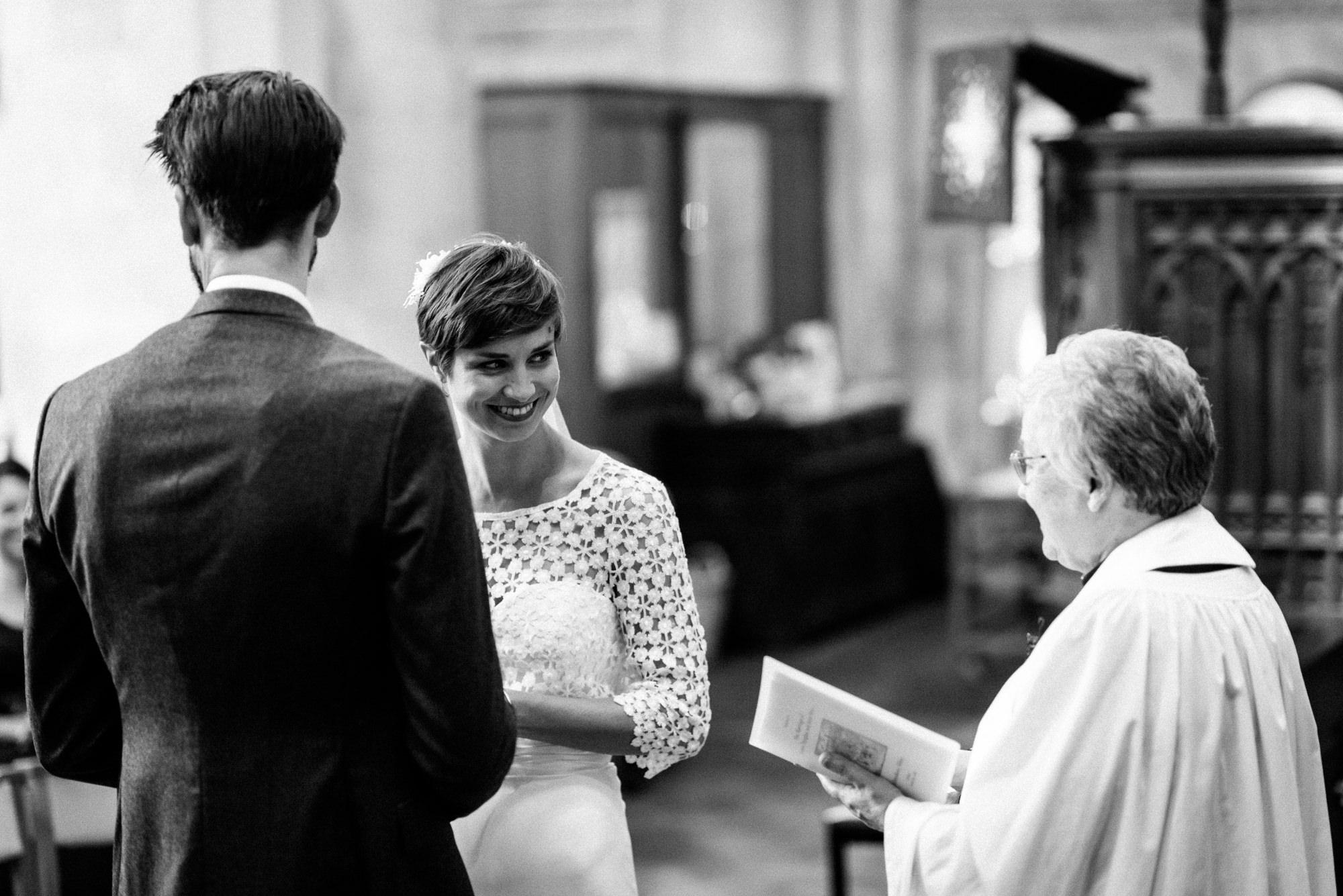 malmsbury-abbey-wedding-34