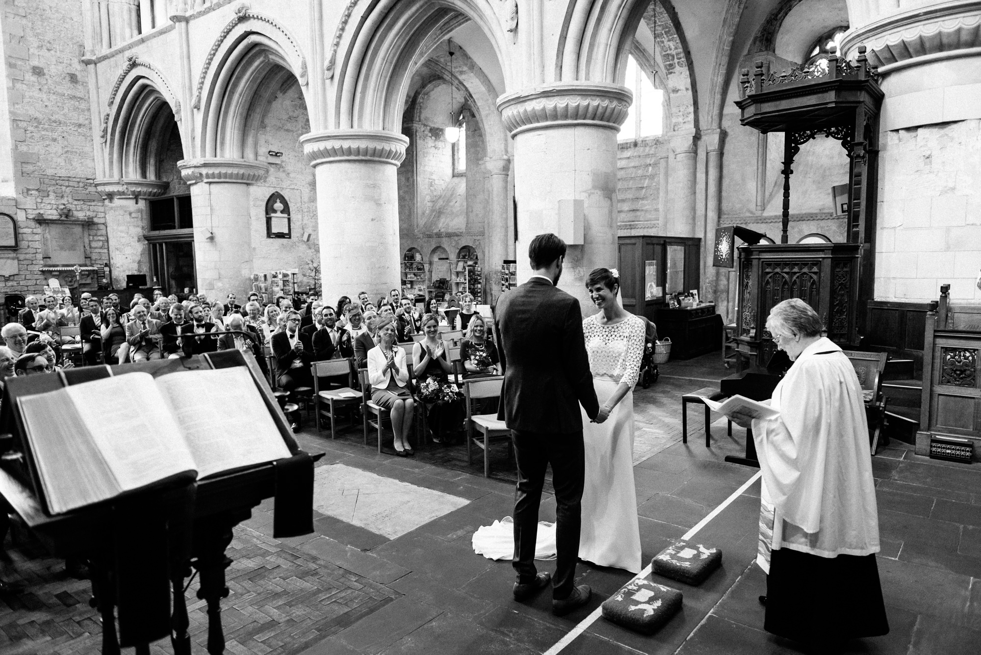 malmsbury-abbey-wedding-35