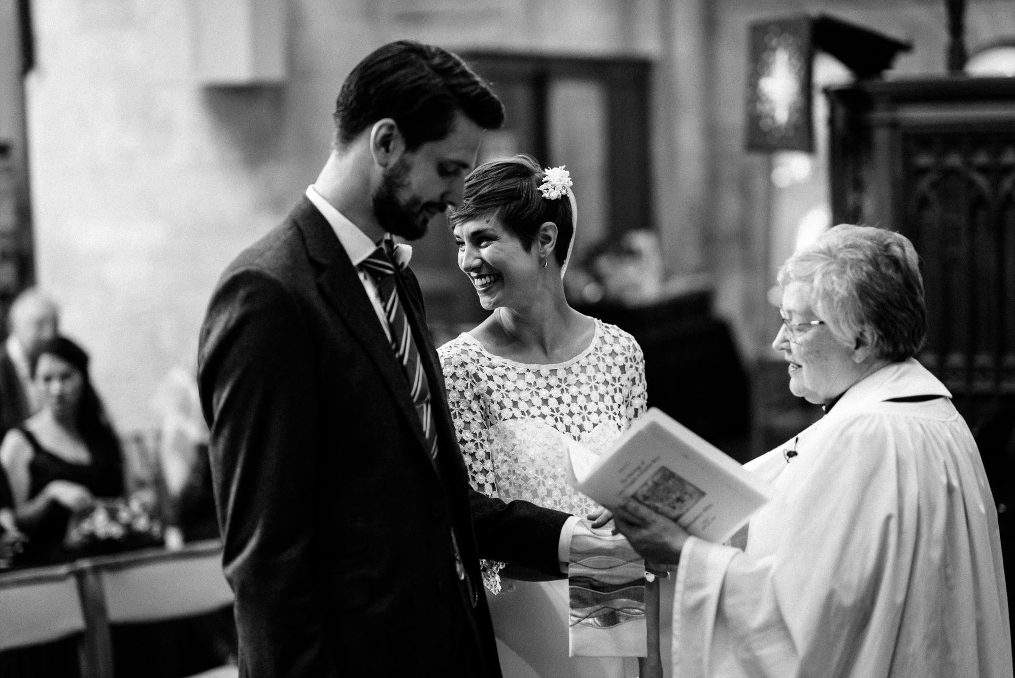 malmsbury-abbey-wedding-37