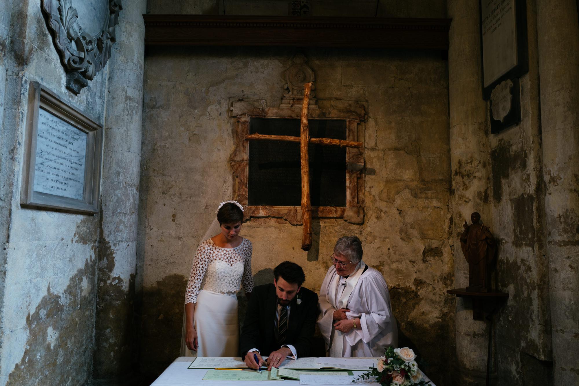 malmsbury-abbey-wedding-40