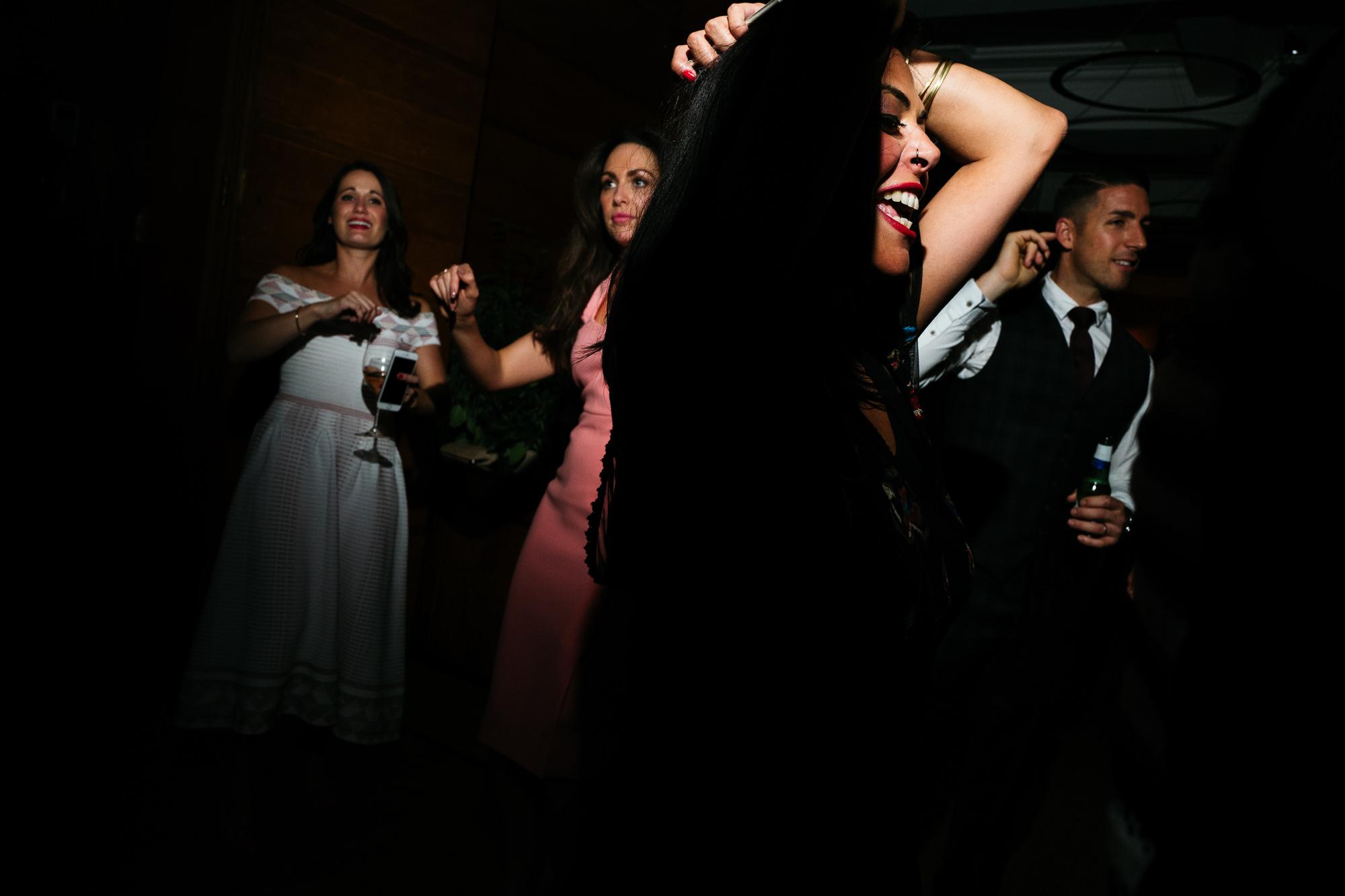 town-hall-hotel-london-wedding-106