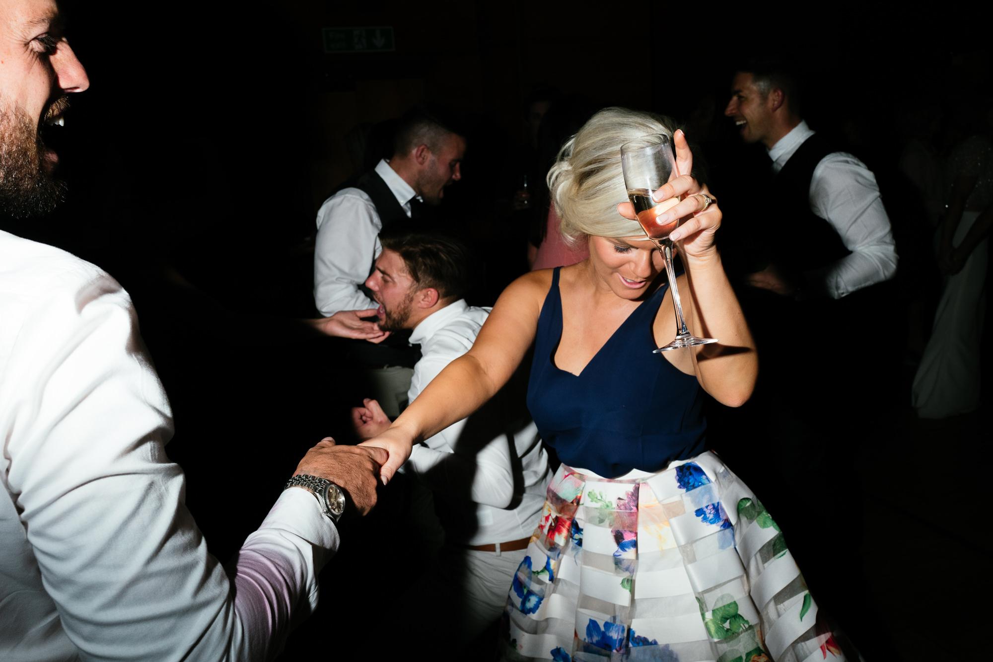 town-hall-hotel-london-wedding-107