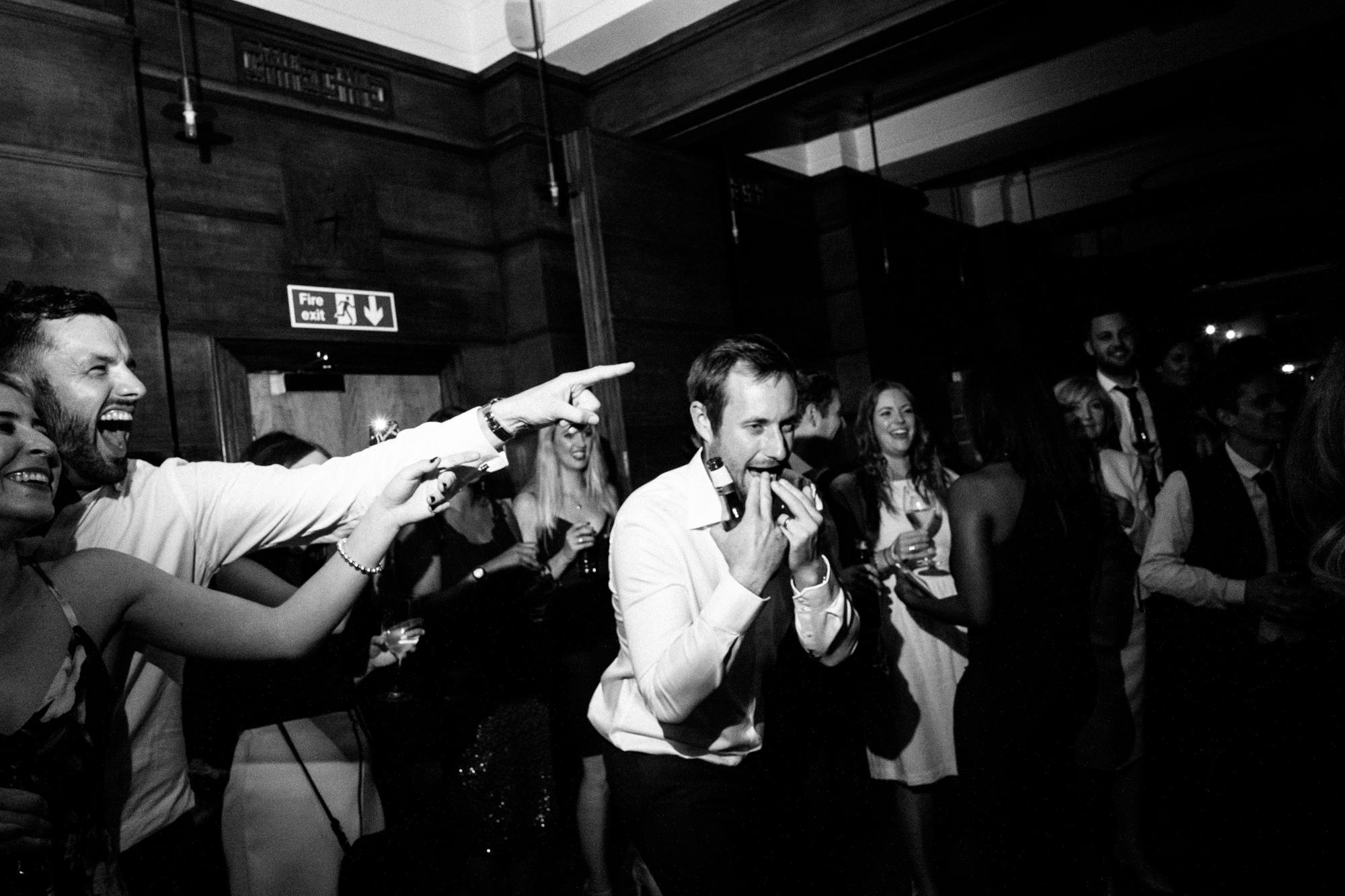 town-hall-hotel-london-wedding-114