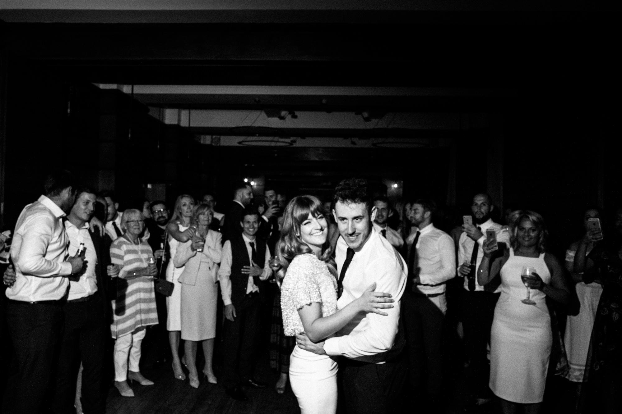 town-hall-hotel-london-wedding-115