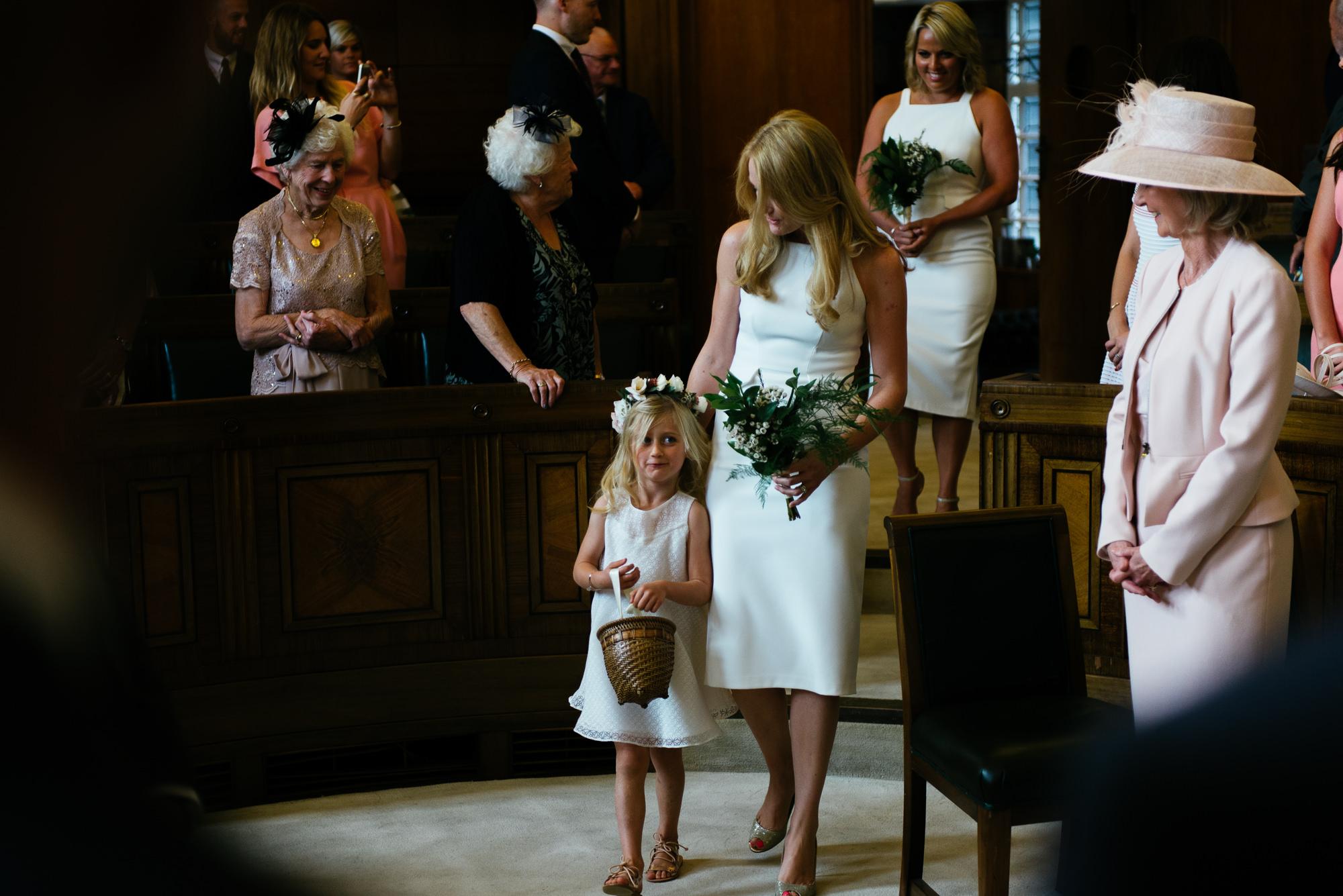 town-hall-hotel-london-wedding-25a