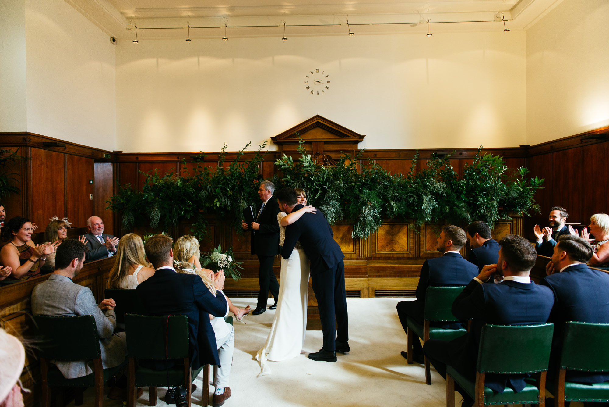 town-hall-hotel-london-wedding-39