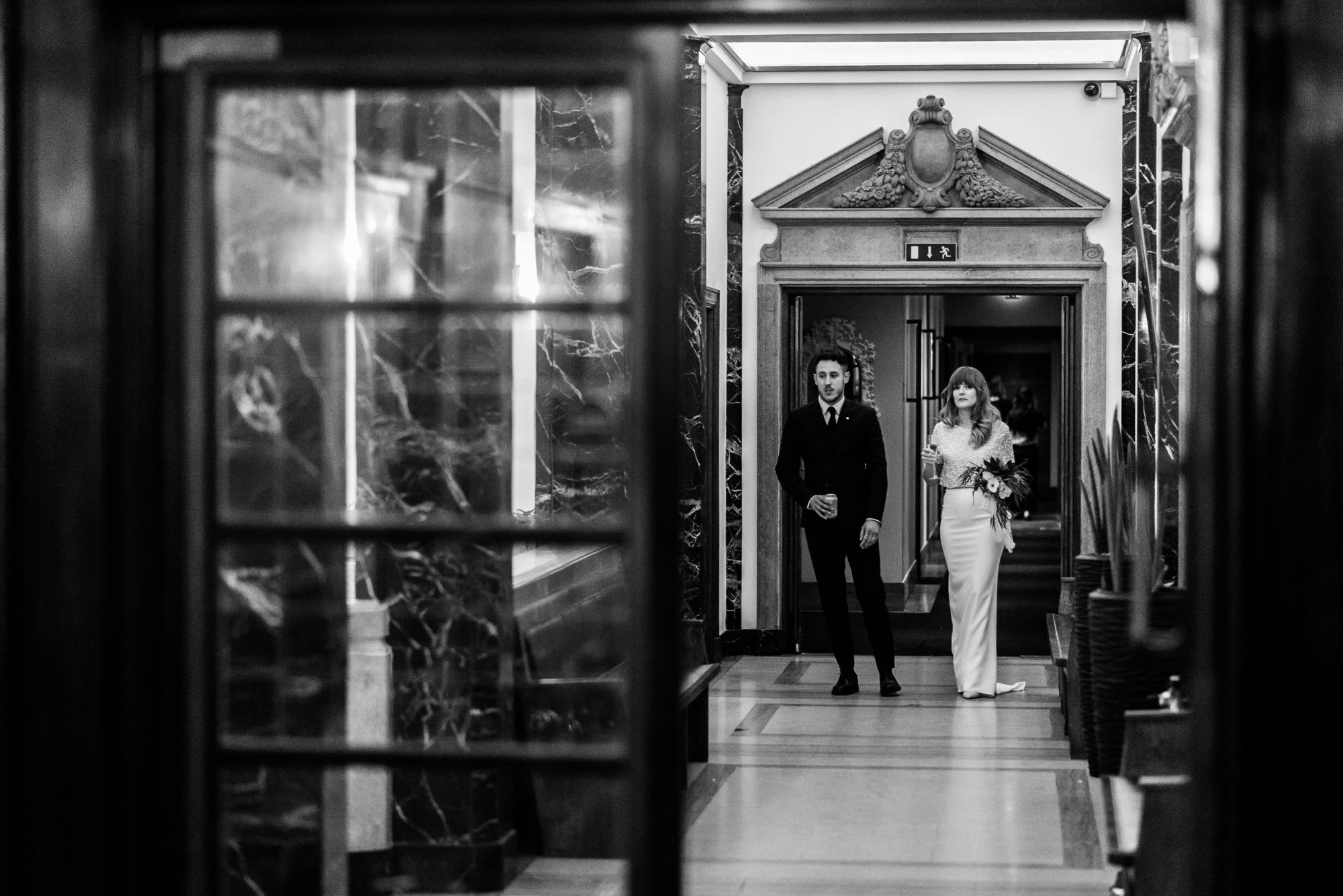 town-hall-hotel-london-wedding-71
